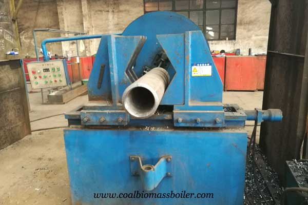 Pipe beveling machine for coal boiler